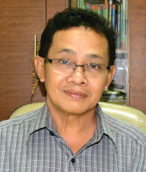 Amir Mahmud, S.Ag